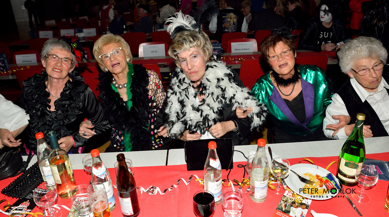 Die Ladys vom Ehrentisch