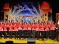 Der große Horber Frauenchor unter Leitung von Gotthilf Fischer alias Christian Bok