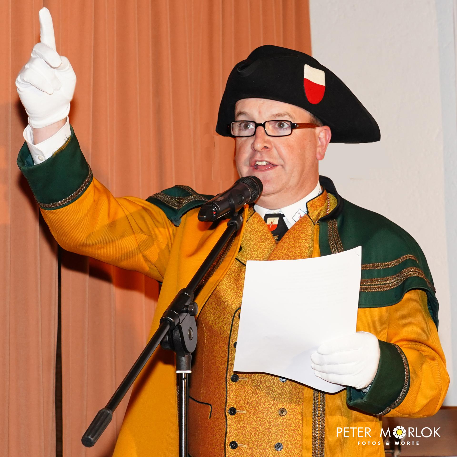 Daniel Wagner tritt zum ersten Mal als Hofmarschall vor die Horber Narrenschar - 2